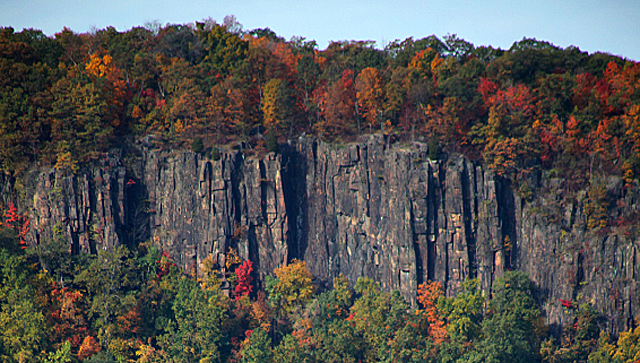 The Hudson River Palisades. photo: www.dougschneiderphoto.com
